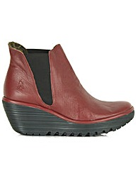 Fly London Woss Boot