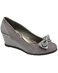 Manfield patent wedge court shoes