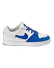 Nike Priority Low Trainers