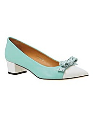 HB Shoes Print Bow Point Pumps