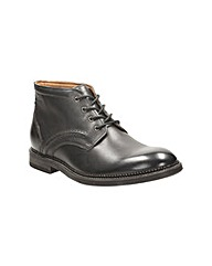 Clarks Bushwick Mid Boots