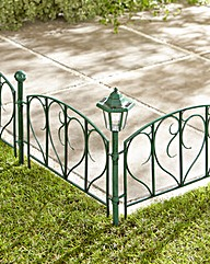 4 Fence Panels with Solar Lights