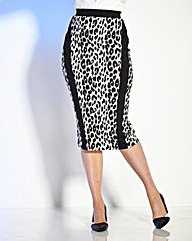 Truly WOW Animal Print Pencil Skirt