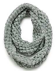 Popcorn Knit Snood