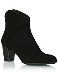 Lamica 39 Suede Ankle Boot