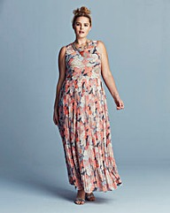 Lovedrobe Pleated Maxi Dress