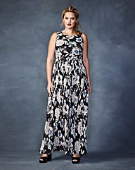 Lovedrobe Pleated Maxi Dress