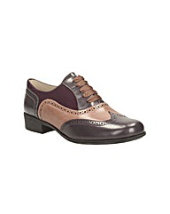 Clarks Womens Hamble Oak Standard Fit