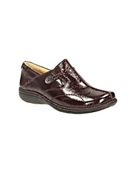 Clarks Un Loop Wide Fit