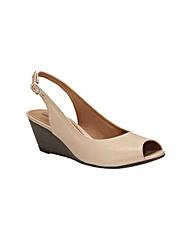 Clarks Womens Brielle April Wide Fit