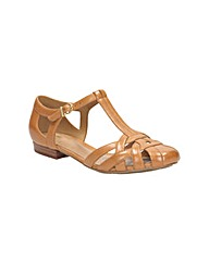 Clarks Womens Henderson Luck Wide Fit
