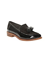 Clarks Womens Taylor Spring Wide Fit