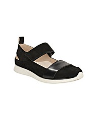 Clarks Womens Junelle Polly Standard Fit