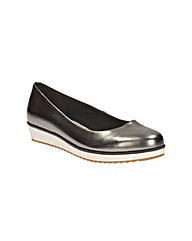 Clarks Womens Compass Zone Standard Fit