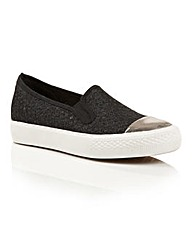 Dolcis Hailey ladies plimsoll pumps