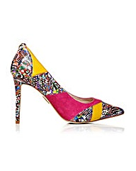 Moda in Pelle Calida Shoes