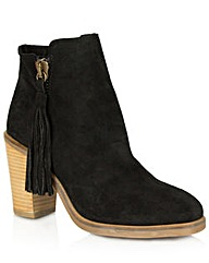 Fieldstone Black Tassle Ankle Boot