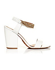 Moda in Pelle Larez Sandals