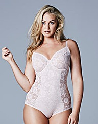 Blush Light Control Lace Bodyshaper