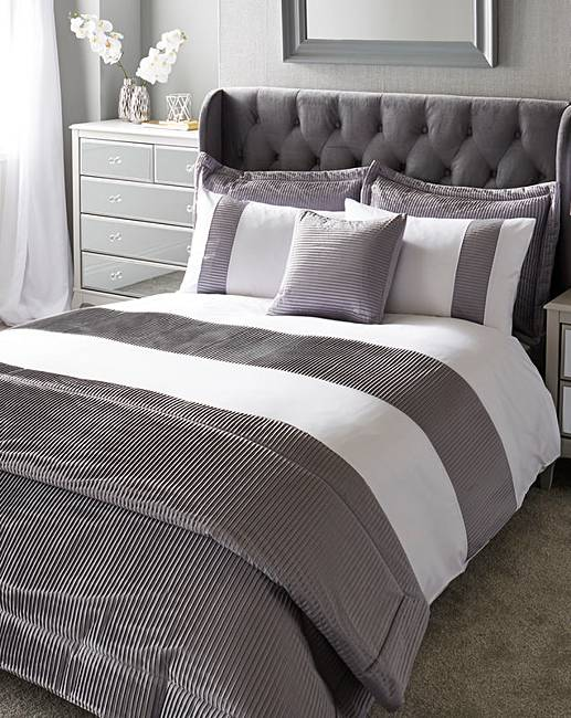 Austen Pleated Border Grey Duvet Cover Set