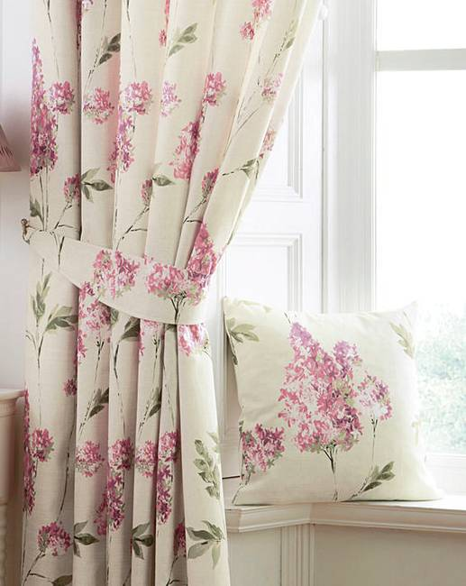 Lovely Carys Floral Print Curtains