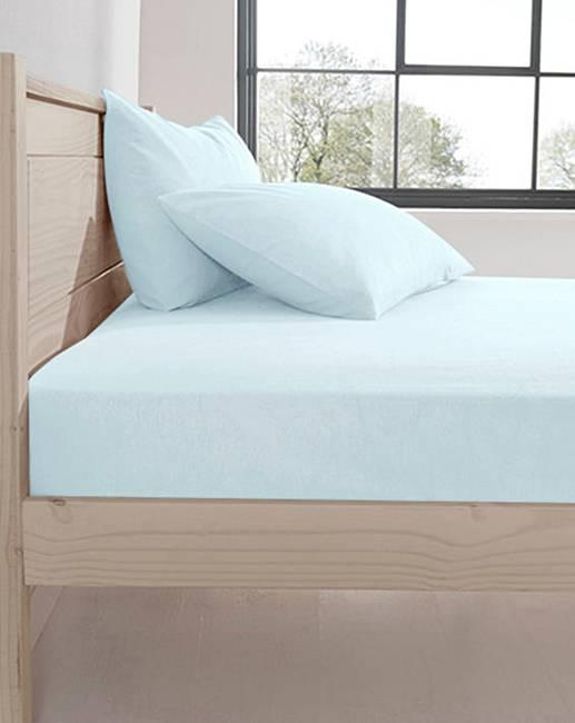 supersoft flannelette fitted sheet oxendales. Black Bedroom Furniture Sets. Home Design Ideas