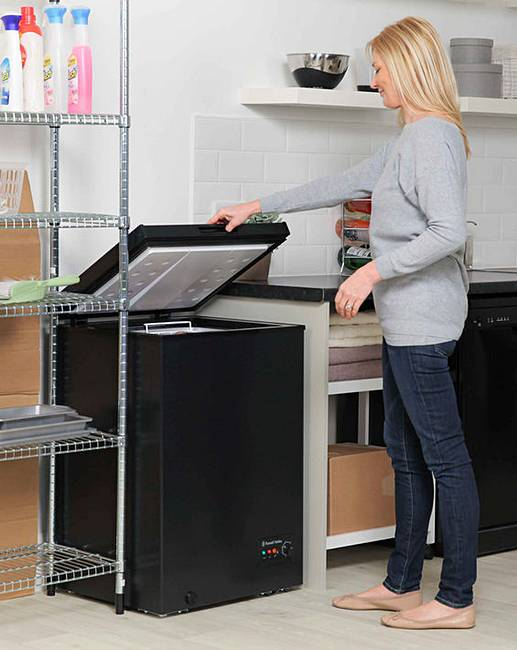 russell hobbs 99l chest freezer black fifty plus. Black Bedroom Furniture Sets. Home Design Ideas
