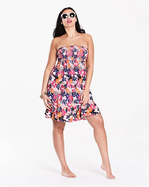 Fashion Flaunt you figure in sizes Refresh your wardrobe with our fashion edit. From day to night dresses, slogan tees and going out tops. Show off your shape in our leggings and jeans or show some leg in shorts or a skirt. Simply Yours Ruffle Cut Out Swimsuit. Save £ was £ £ Simply Yours Hipster Bikini Bottoms.