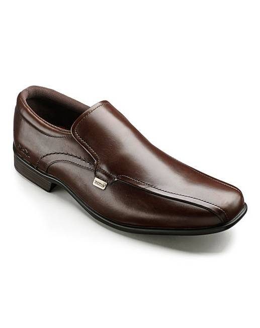 kickers slip on shoes clearance