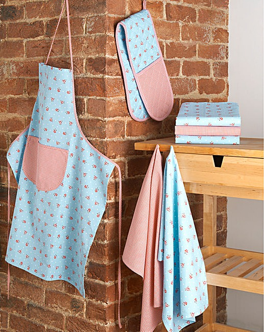 Shop Brushed Pumpkin Kitchen Textile Set. Printed on natural, unprocessed cotton, colorful pumpkins in soft, autumnal tones look as if they've been brushed on with an artist's brush. Our autumnal dish towels, oven mitt and pot holder create a warm, seasonally themed kitchen.