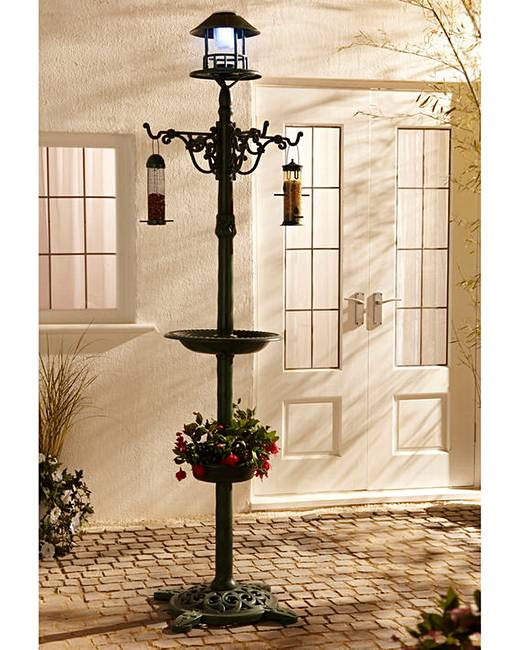 solar feeder Watch your favorite little hummingbirds feeding by day, and enjoy a light show after dark this feeder includes a 10 oz tube for nectar and four flower pods for feeding the solar panel at.