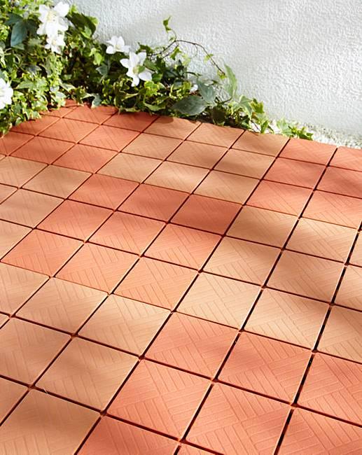 Easy install floor tiles