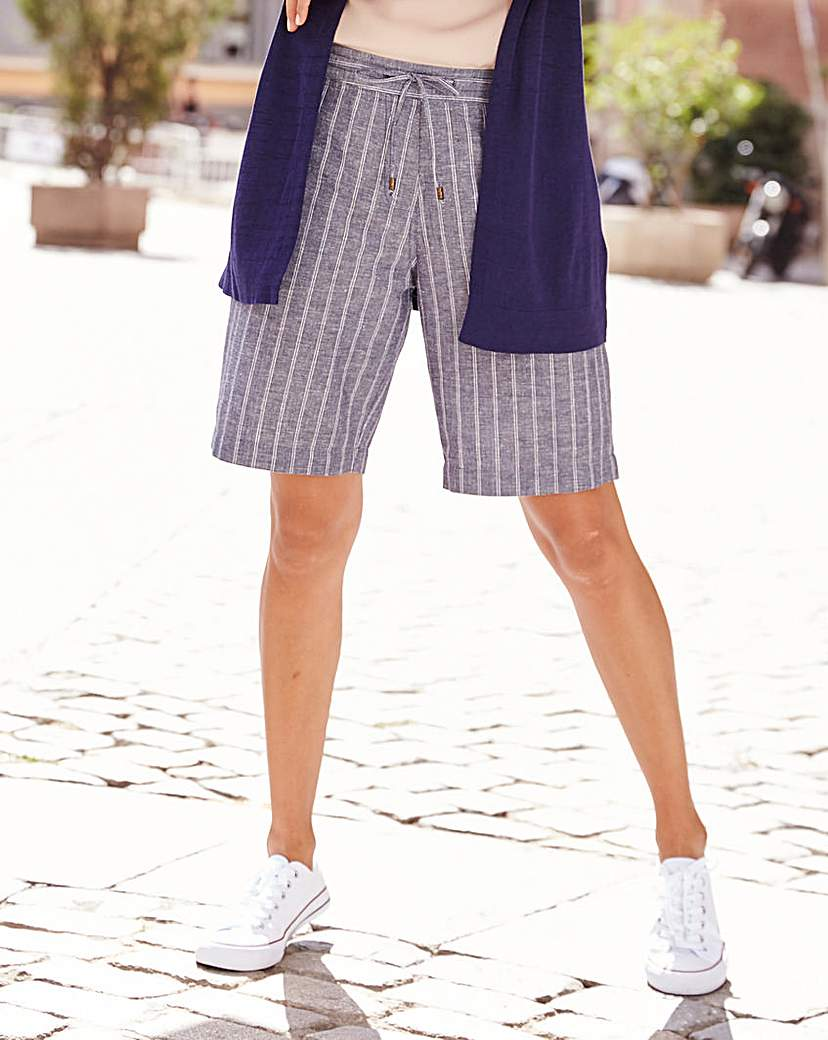 Stripe Linen Mix Shorts.