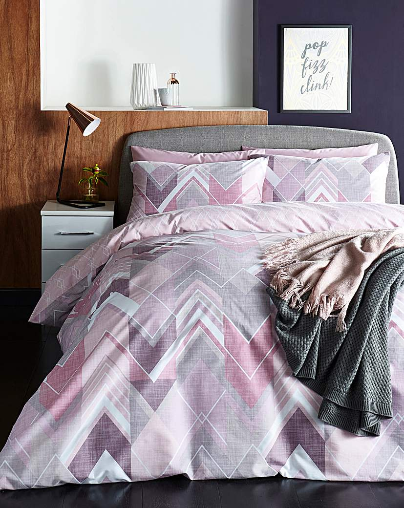 Drake Pink Duvet Covet Set