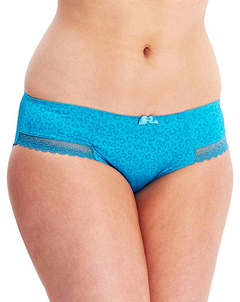 Cleo Juna Animal Brief
