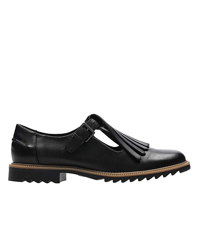 Image of Clarks Griffin Mia Shoes
