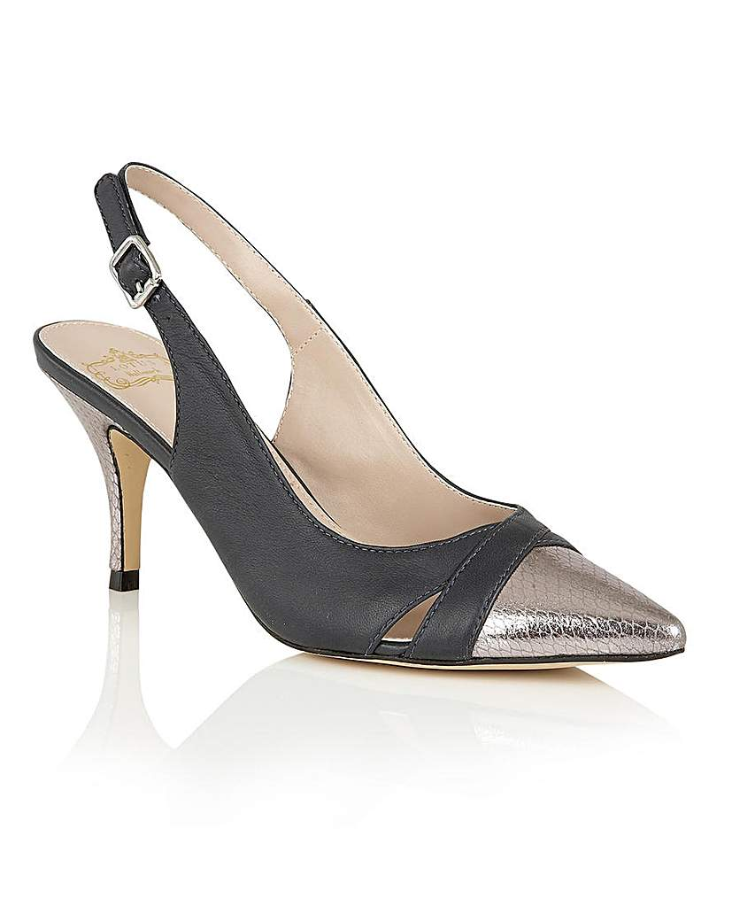 Hallmark Ewelina Dress Shoes