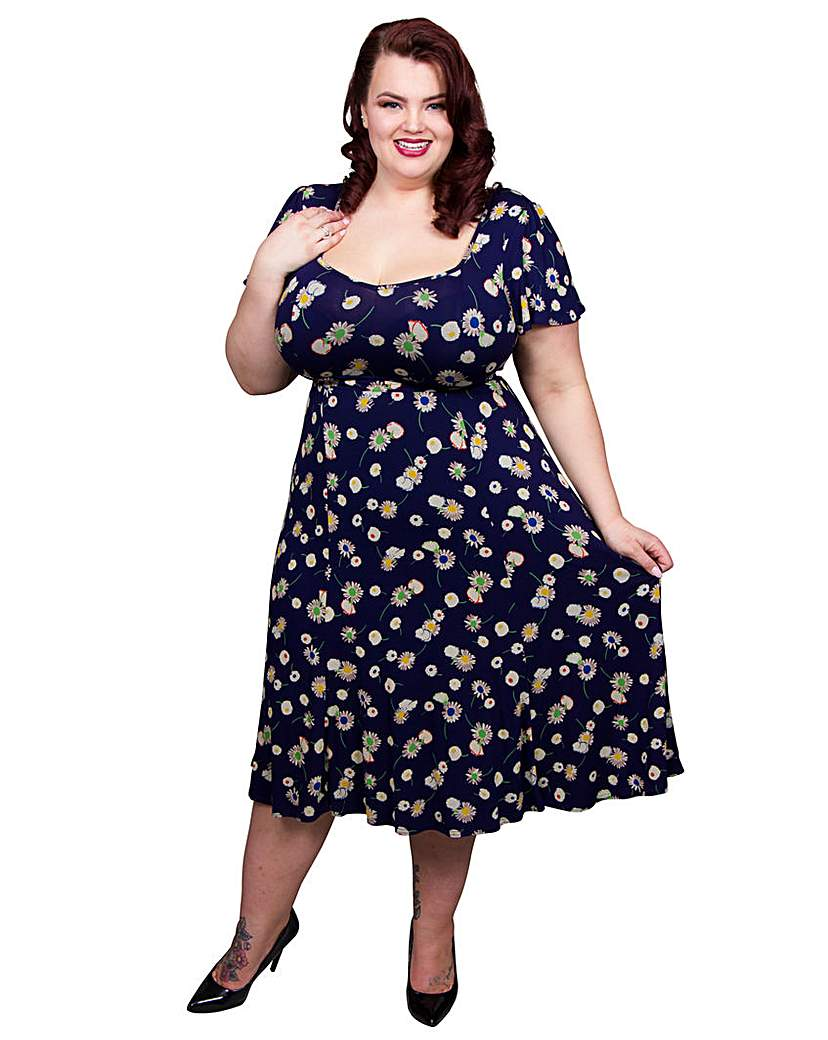 1940s Plus Size Fashion Advice Scarlett  Jo Tie Back Floral 40s Dress £50.00 AT vintagedancer.com