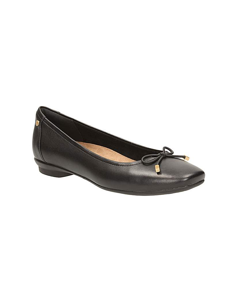 Clarks Candra Light Shoes.