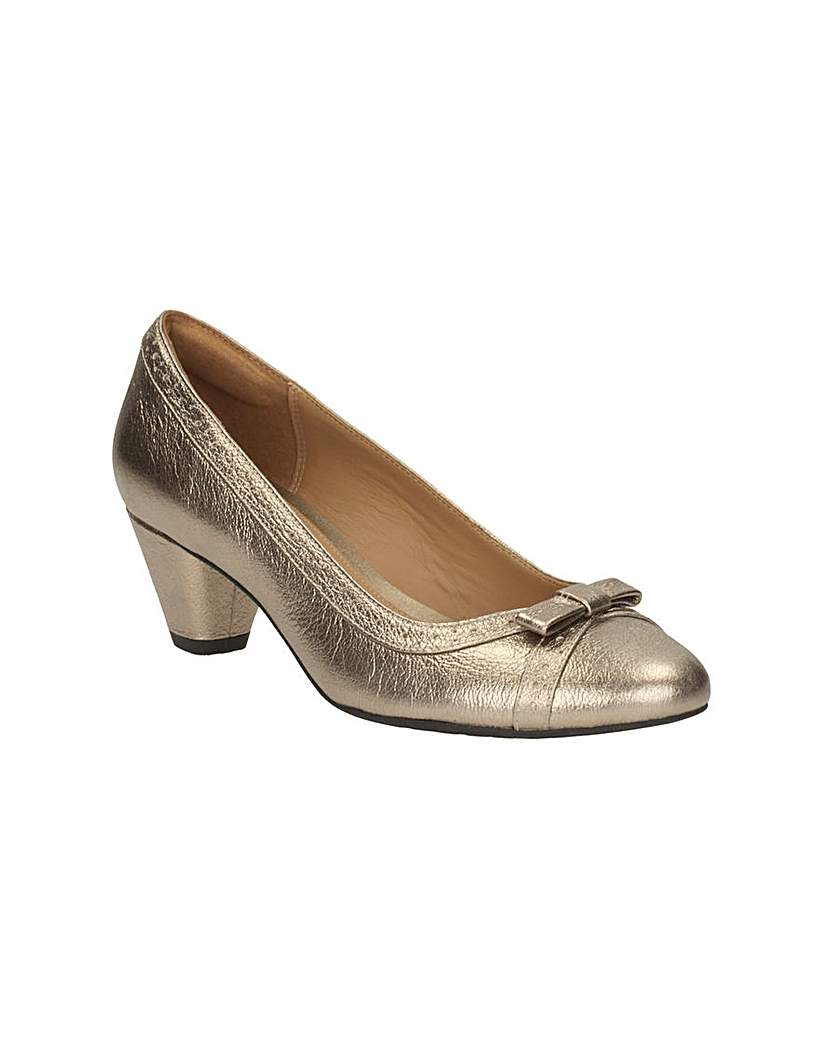 Retro & Vintage Style Shoes Clarks Denny Dream Shoes £57.00 AT vintagedancer.com