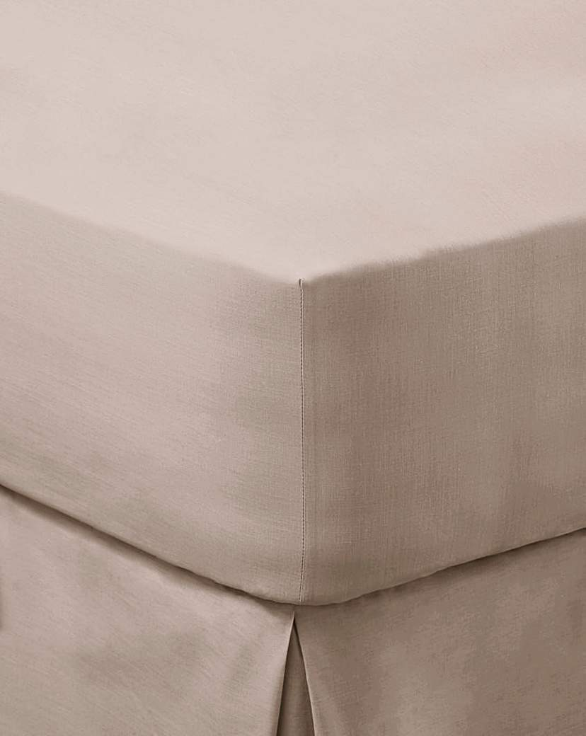 200 TC Plain Dyed Percale Fitted Sheet.