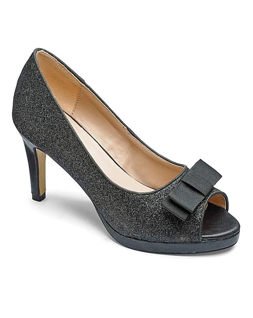 81746ea3b360 Heavenly Soles Glitter Shoes EEE Fit
