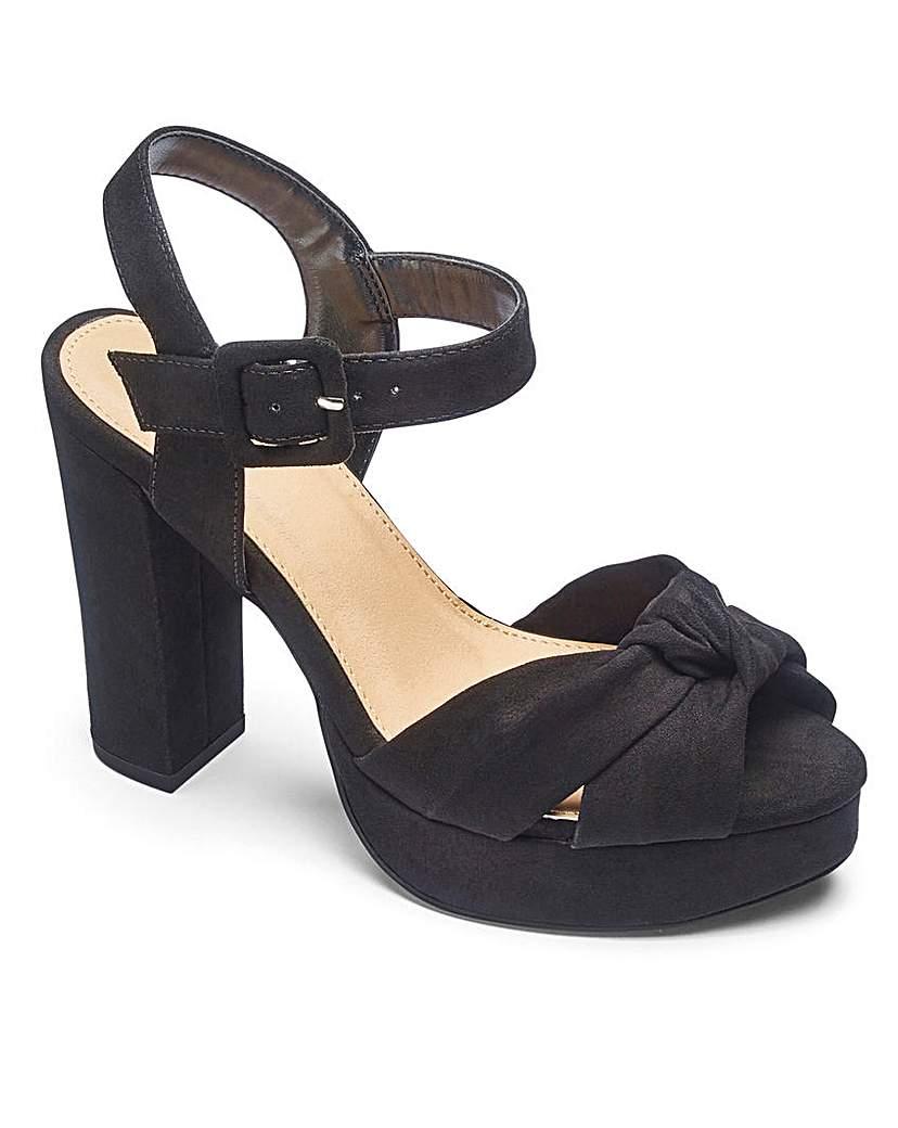 1940s Womens Shoe Styles Sole Diva Knot Detail Platform EEE Fit £29.00 AT vintagedancer.com