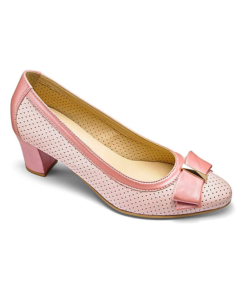 Heavenly Soles Leather Court Shoes E Fit