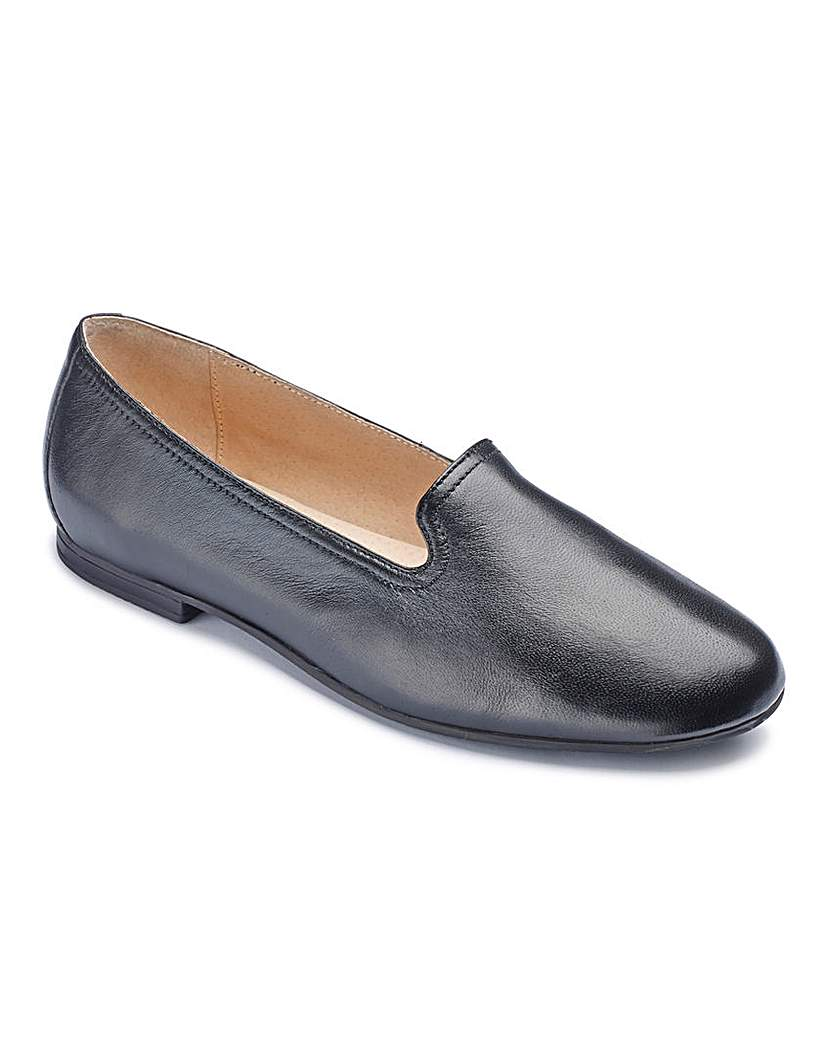 Heavenly Soles Leather Ballerinas EEEEE £29.95 AT vintagedancer.com