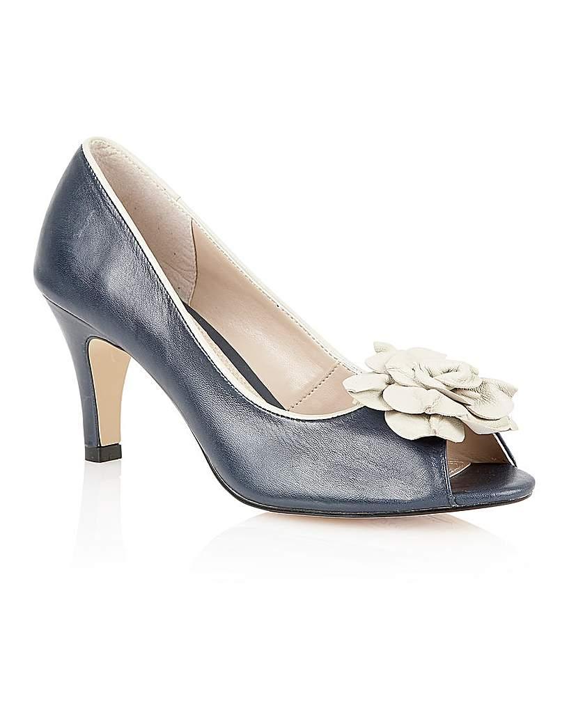 Lotus Belinda Formal Shoes £68.00 AT vintagedancer.com