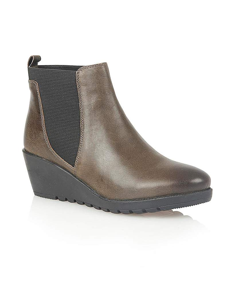 Image of LOTUS MERYL ANKLE BOOTS