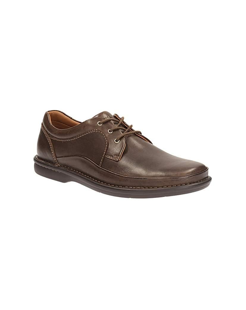 Clarks Butleigh Edge Shoes.