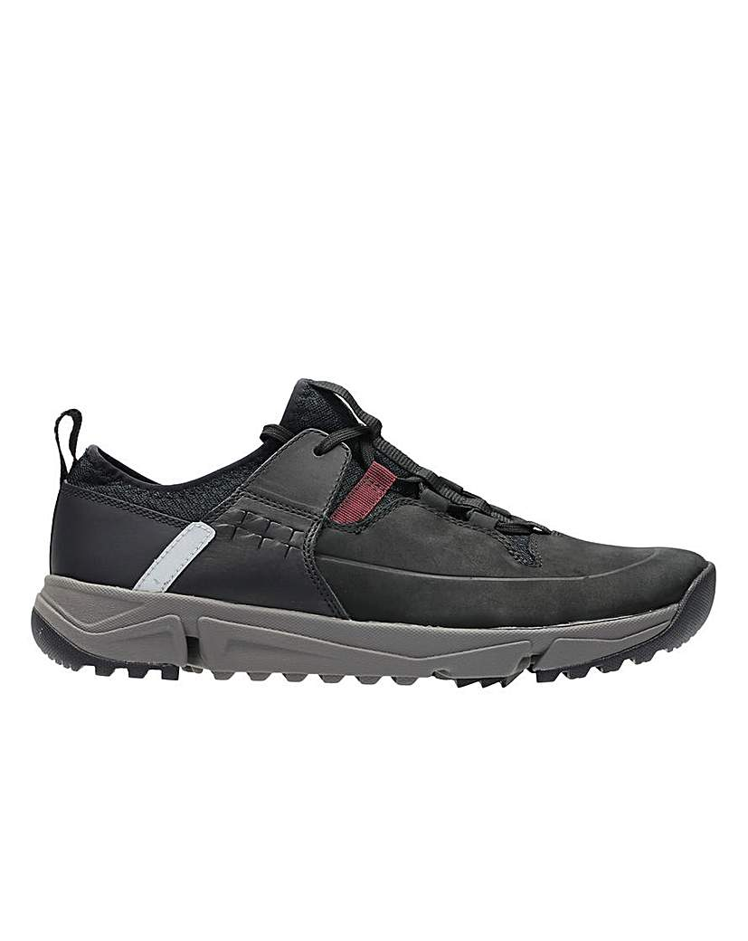 Clarks TriTrack Lo Lace Up G Fitting.