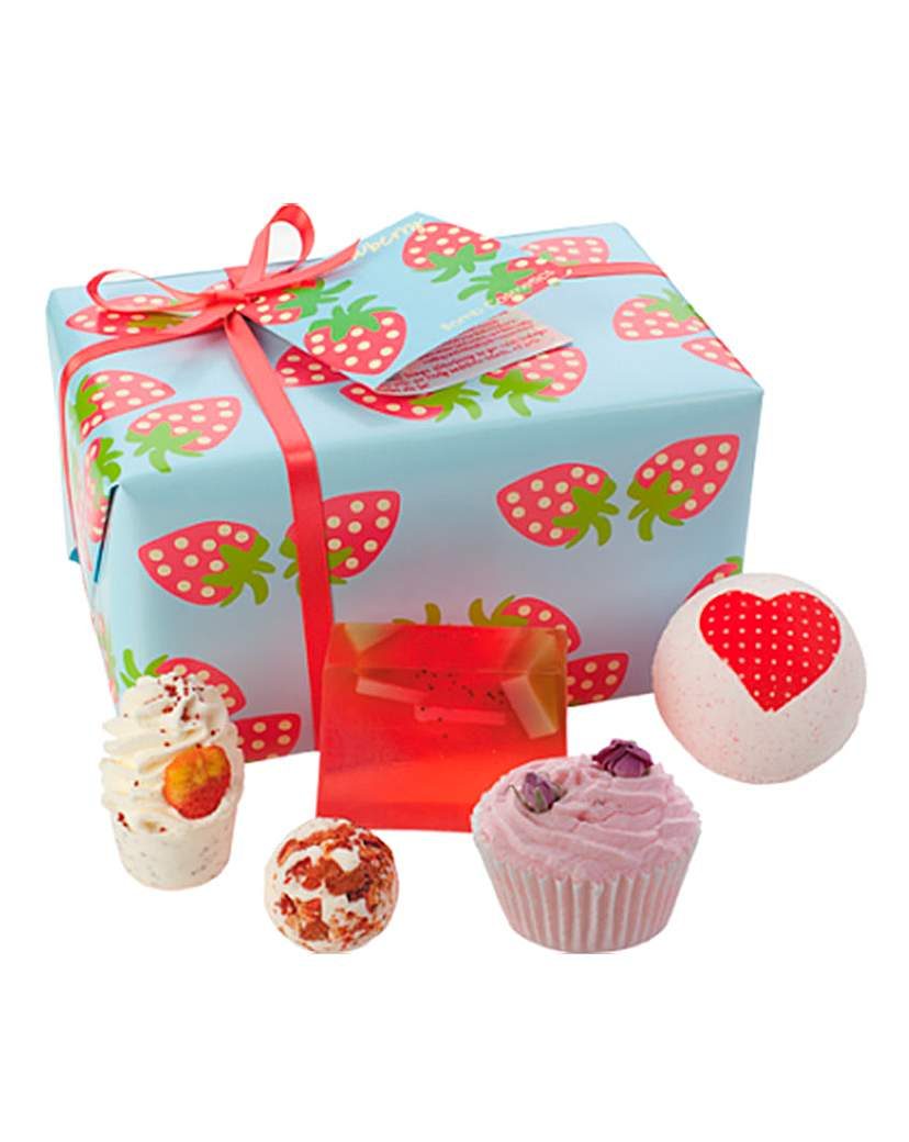 Image of Bath Bomb Strawberry Patch Gift Set